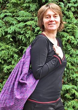 écharpe de portage avec sac