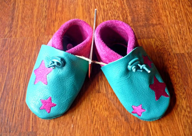 Chaussons bebe cuir souple fille
