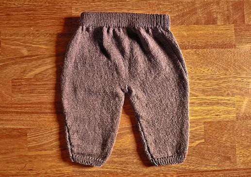 pantalon bébé tricoté main