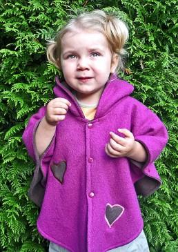 Cape laine pour fille