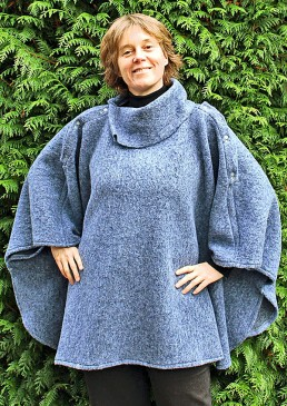 5c29869b625 Cape laine de portage  Poncho femme laine ...
